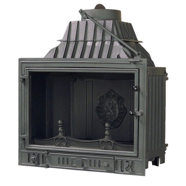 Чугунная печь-камин