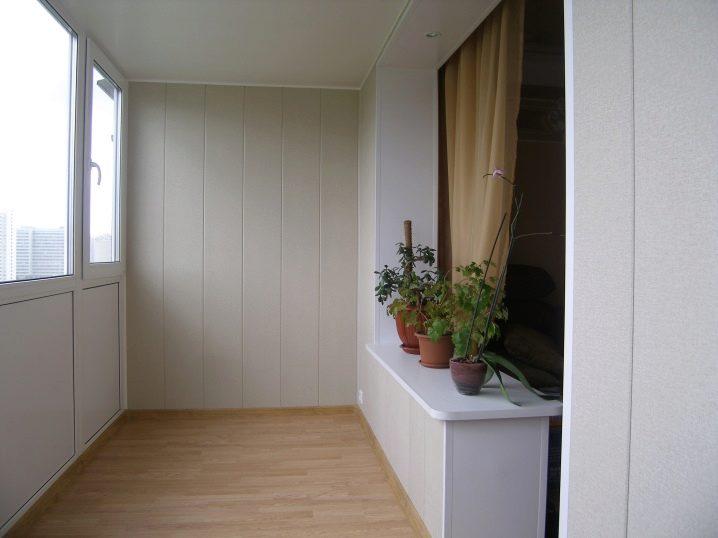 Кабинет на балконе