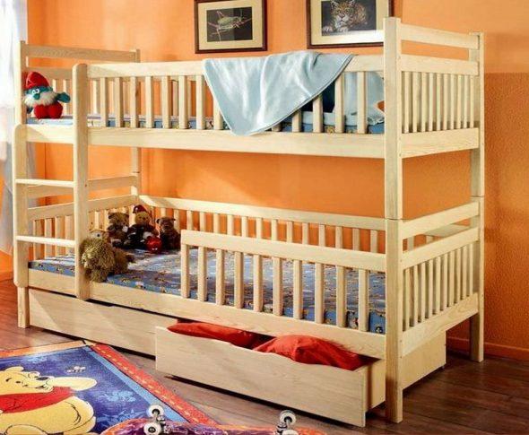 Двухъярусная кровать из бука
