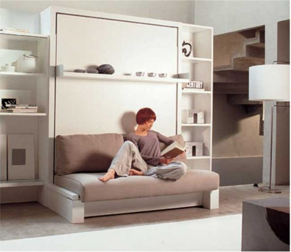 Кровать, встроенная в шкаф