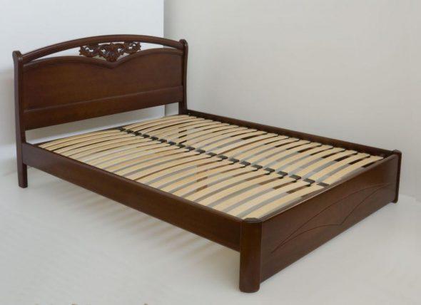 Надежная двуспальная кровать Настасья из массива ясеня