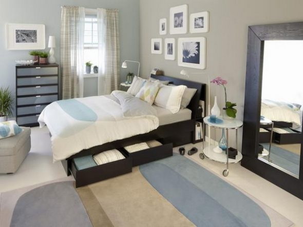 Обычная кровать Икеа