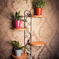 Полка для цветов на стену