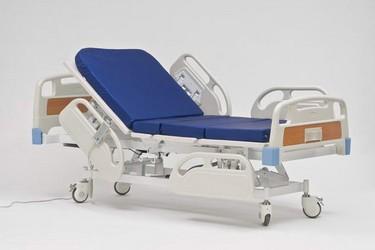 Преимущества медицинских кроватей перед домашней мебелью