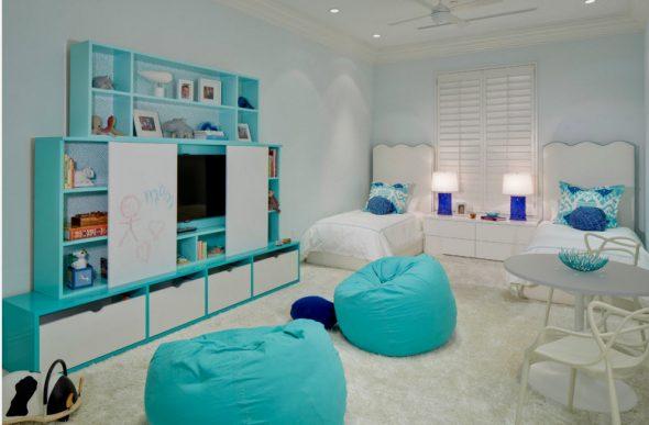 бескаркасная мебель голубая