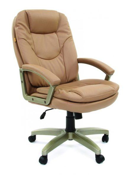 бежевое офисное кресло