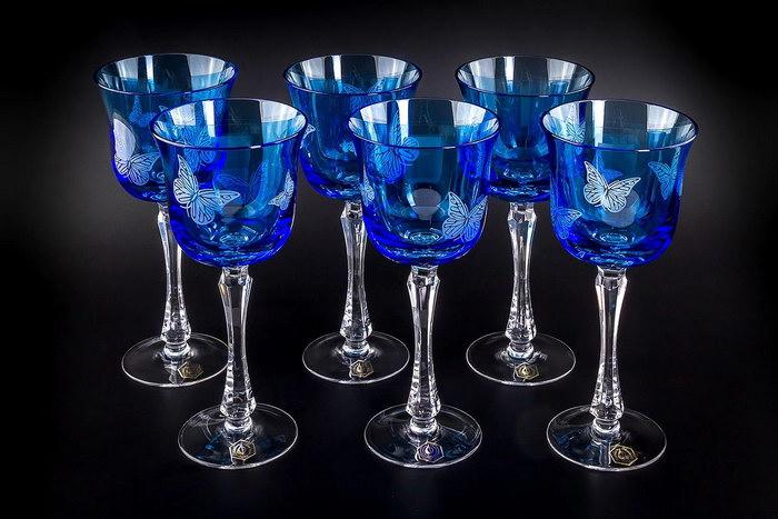 бокалы из цветного хрусталя