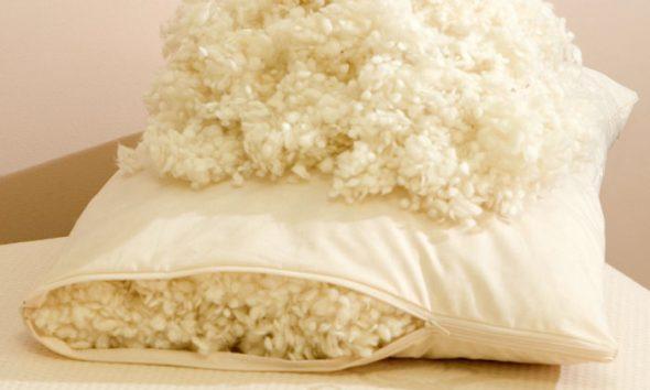 Шерстяная подушка