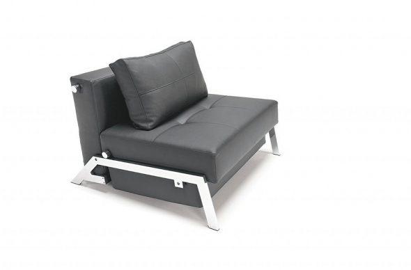 черное кожаное кресло-кровать