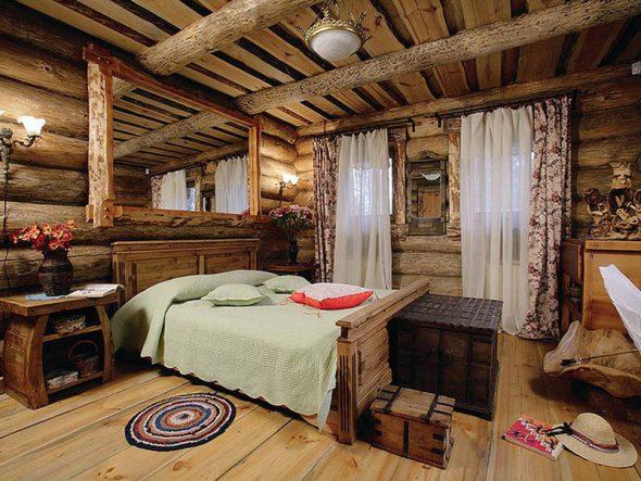 Деревянная кровать для спальни
