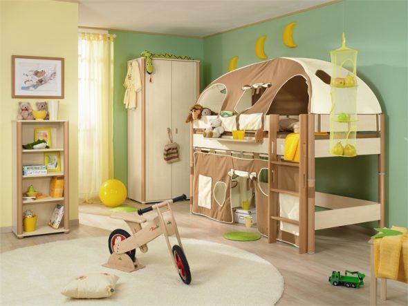 Детская комната с кроватью-чердак
