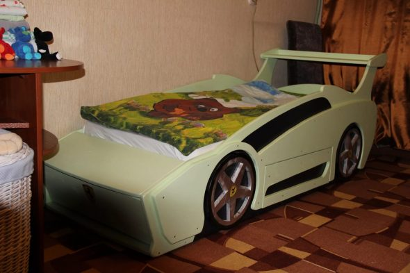 кроватка машинка для сына своими руками
