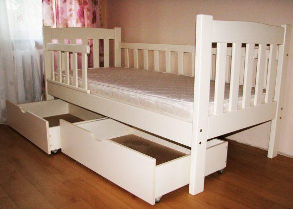 кровать из дерева детская