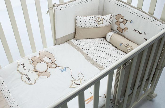 детская кроватка с бортиками