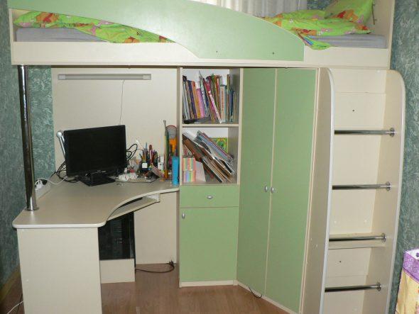 Детский мебельный уголок