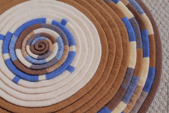 для дома и интерьера вязаный коврик
