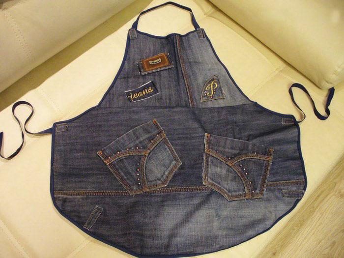 фартук из джинсов