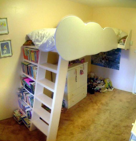 Готовая самодельная кровать