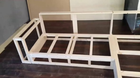 Каркас для углового дивана