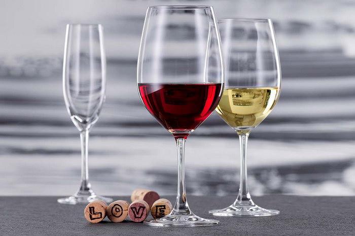 красивые бокалы для вина