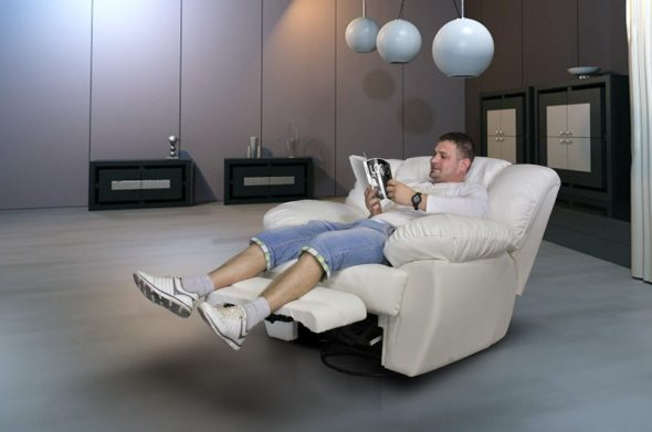 кресло для дома с подставкой для ног