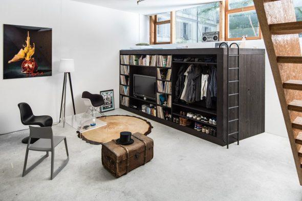 Кровать-чердак с огромным шкафом для хранения