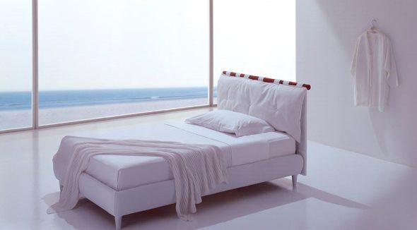 кровать белая