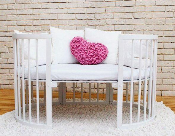 Кроватка-диванчик для подросшего малыша