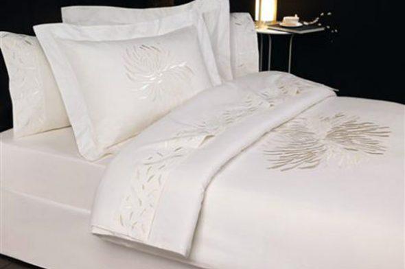Белое постельное из перкаля
