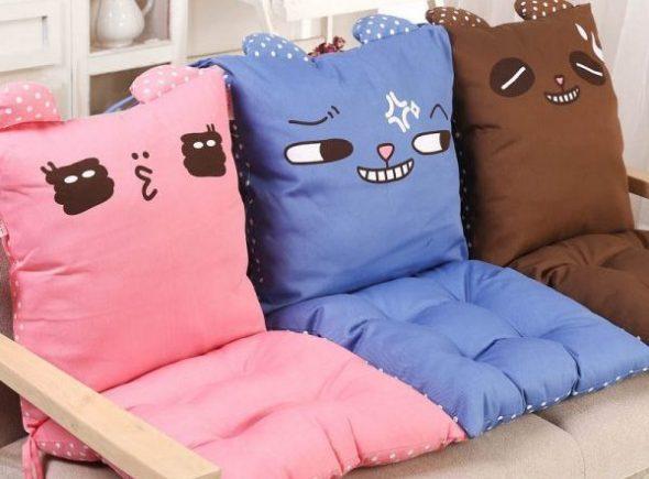 Подушку из гречневой лузги для сидения