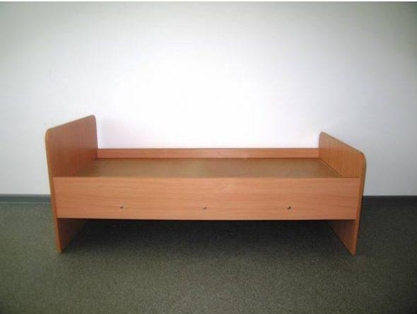 Детская кровать из ДСП