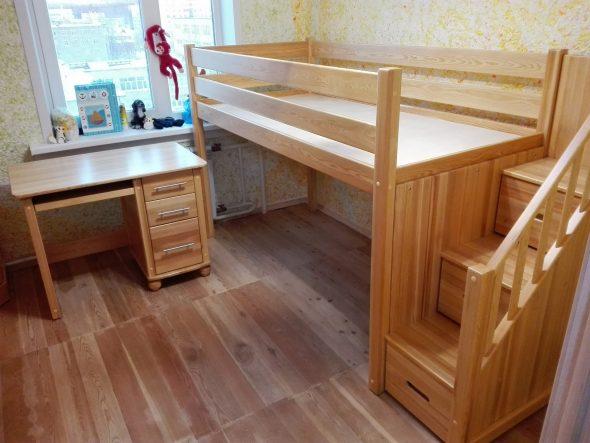 Мебель для детской из лиственницы