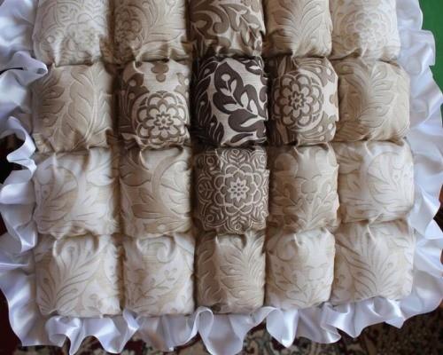 Небольшое одеяло бонбон