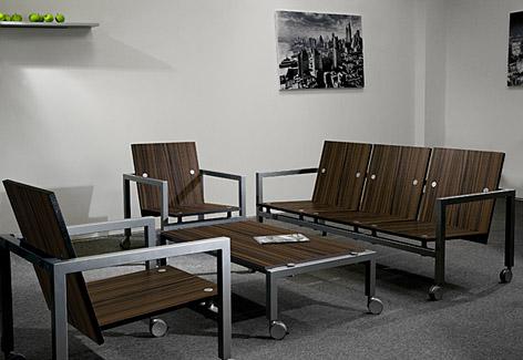 Офисная мебель из металла