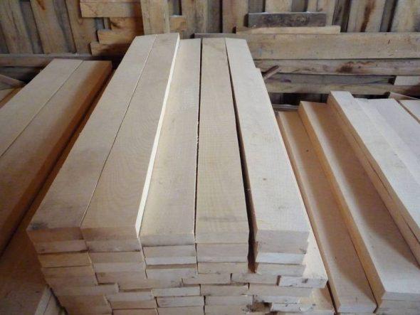 Древесина для изготовления стола