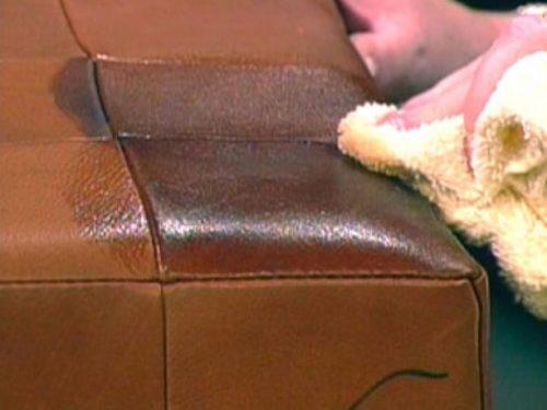отмыть зеленку с дивана
