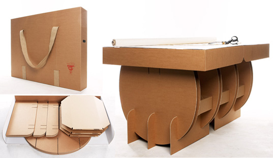 Переносной стол из коробок