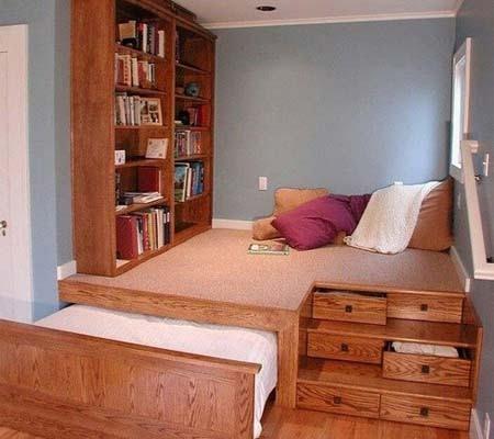 Подиум в спальне или гостиной