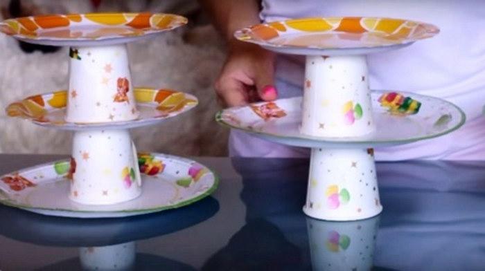подставка под торт из пластиковой посуды