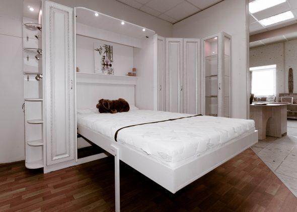 белая кровать трансформер