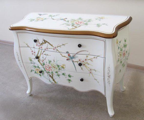 роспись белой мебели