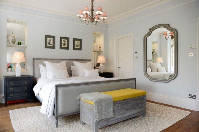 прикроватные классические коврики для спальни идеи
