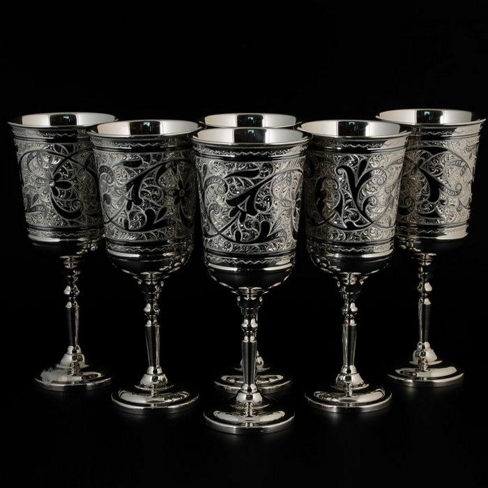 бокалы из серебра
