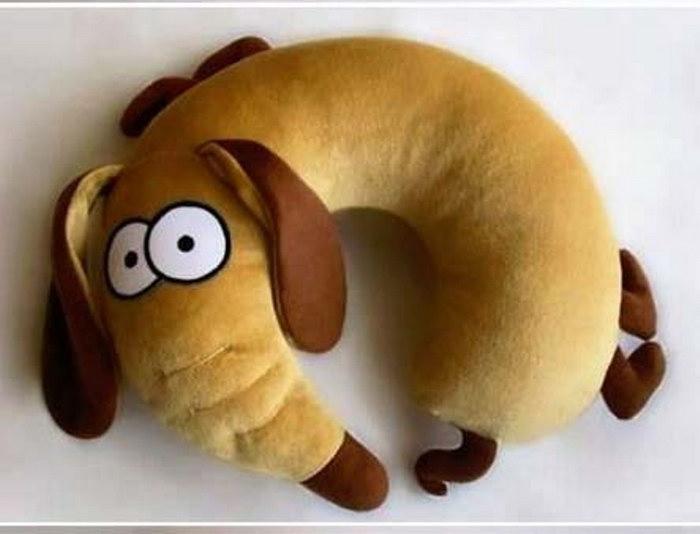 собака подушка для поездки