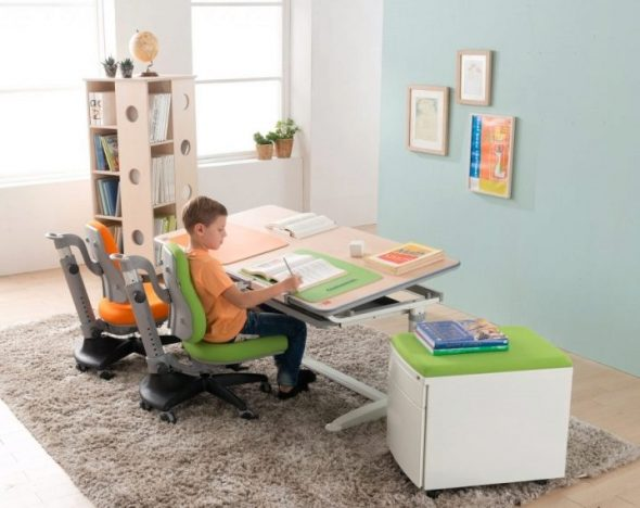 стул для ребенка