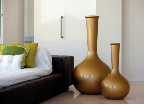 вазы в спальне