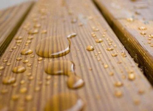 Воздействие воды может быть только краткосрочным