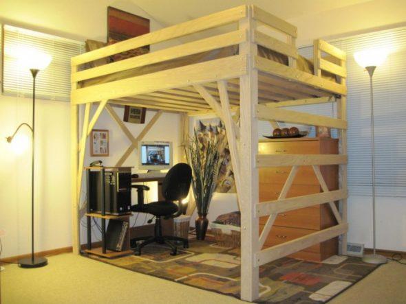 Высокая кровать-чердак с бортиками
