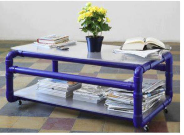 Необычное решение — мебель из пластиковых труб